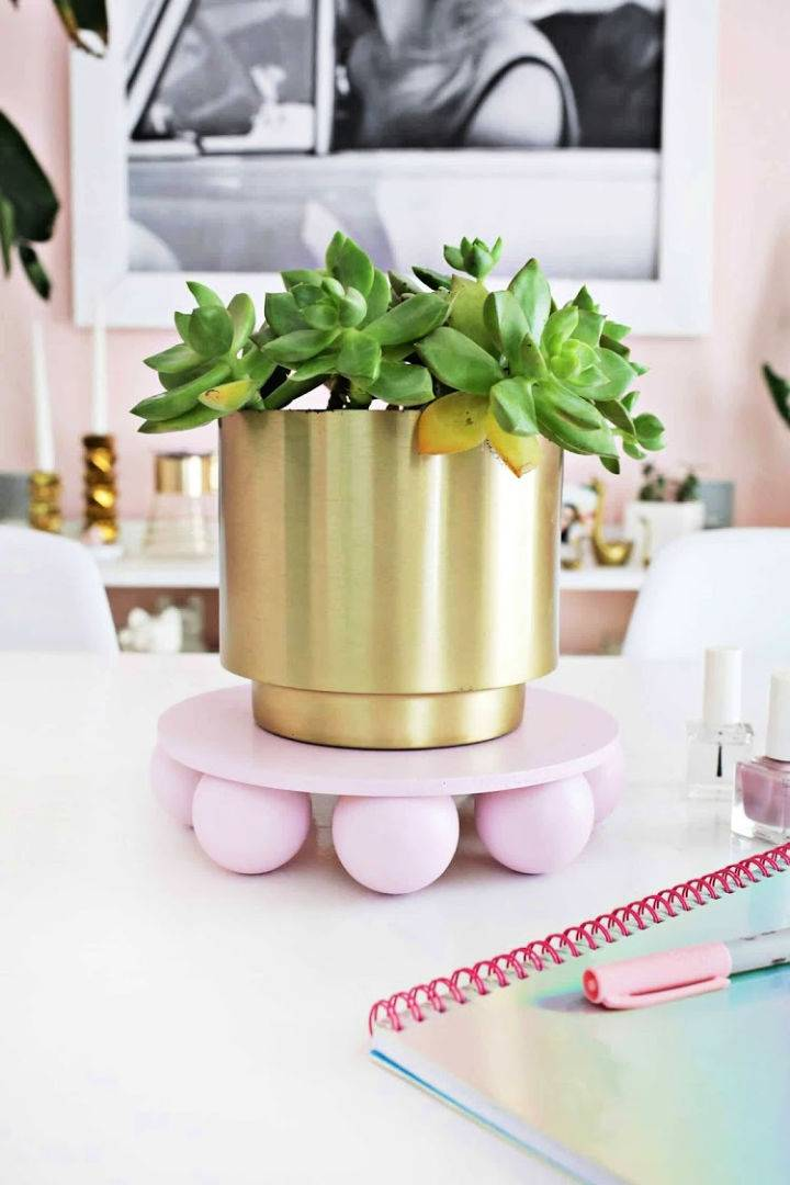 Build a Wooden Ball Plant Stand