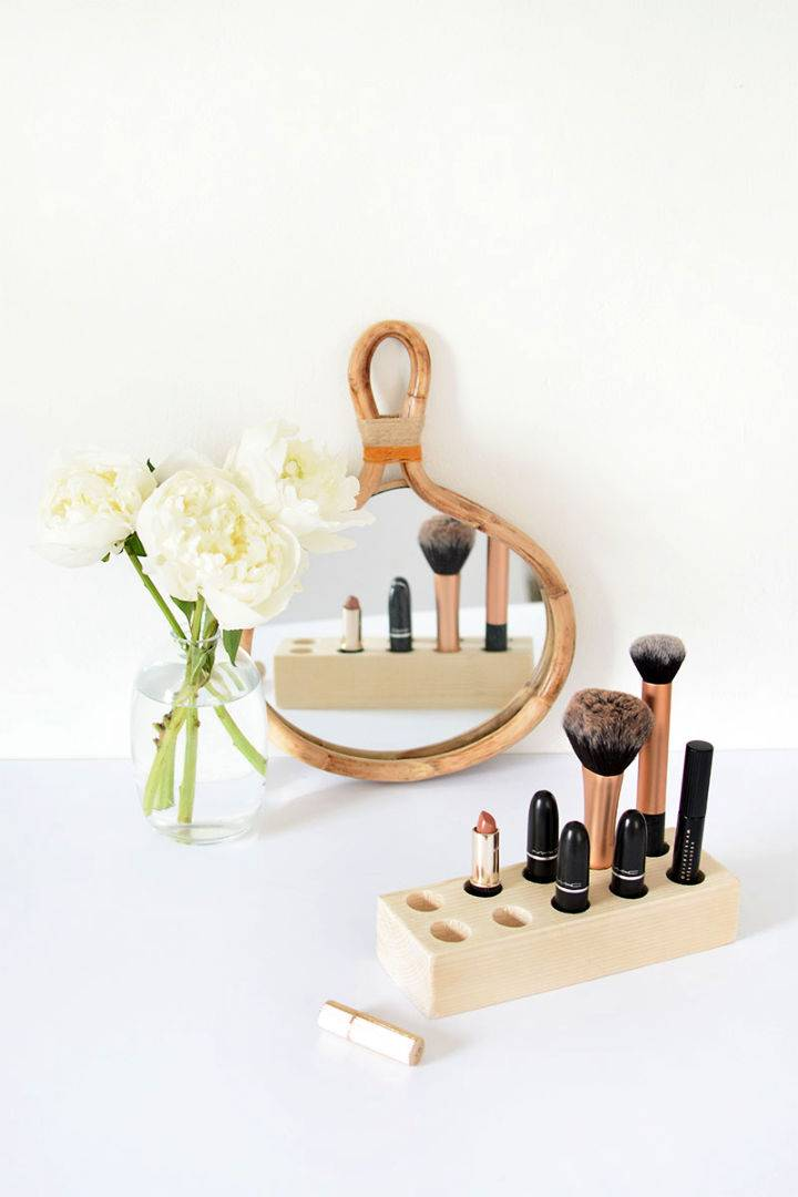 DIY Wooden Make Up Storage
