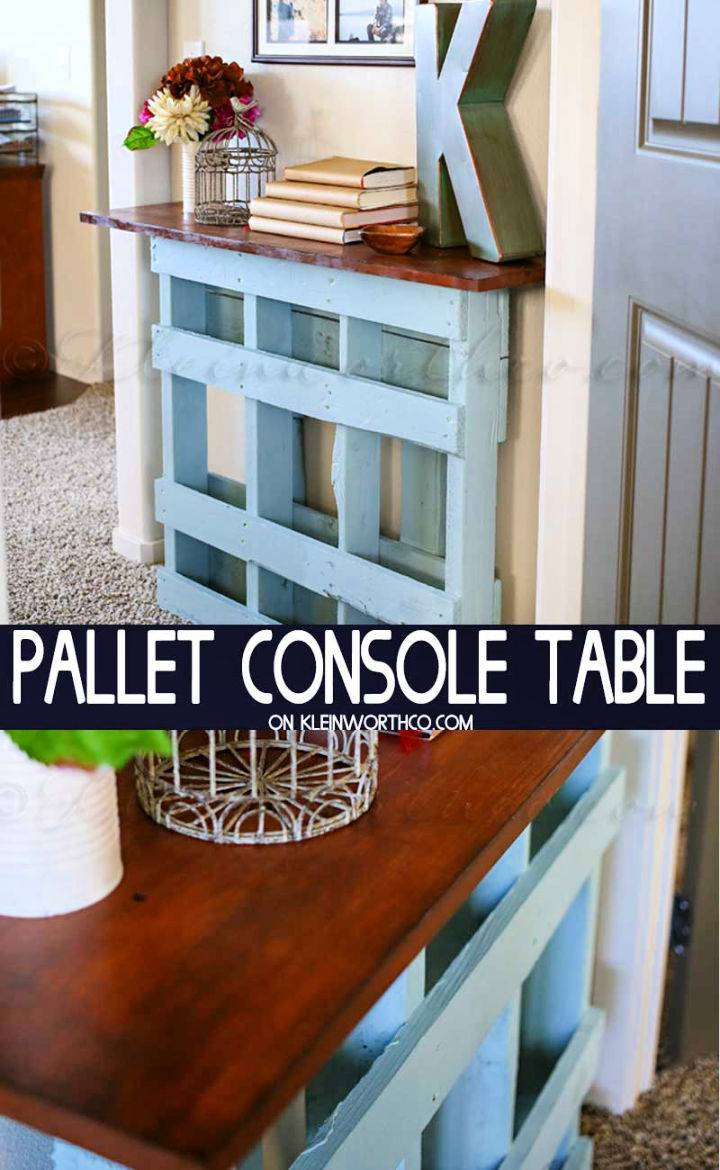 DIY Wooden Pallet Console Table