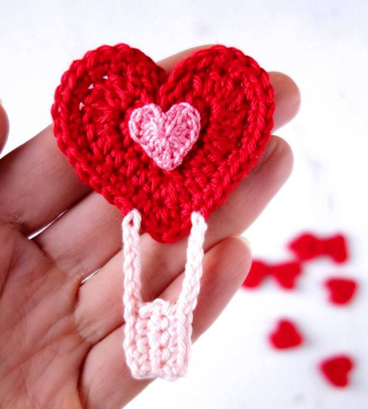 Crochet Heart Air Balloon Applique