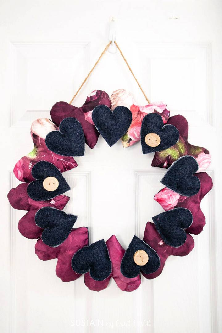 DIY Wreath With Scrap Fabric Hearts
