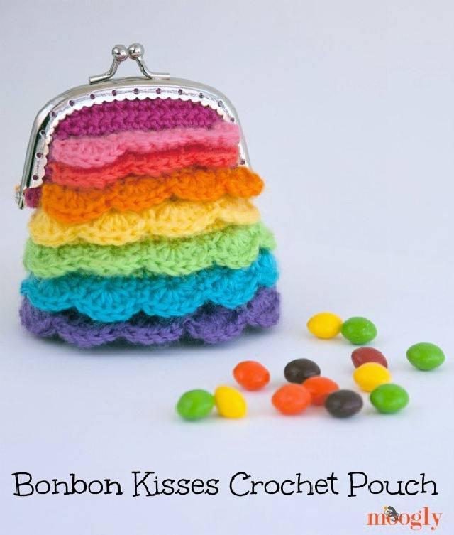 Bonbon Kisses Crochet Pouch Pattern