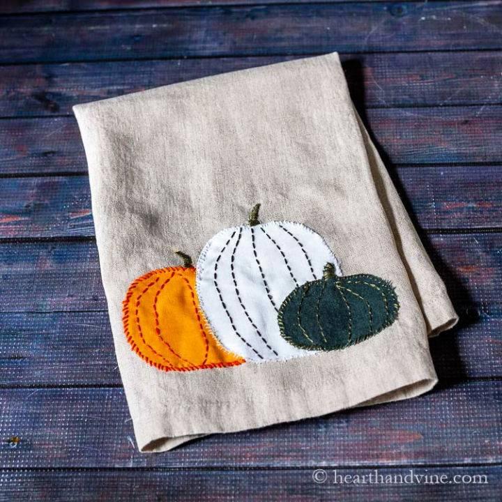 Easy Pumpkin Tea Towel Gift Idea