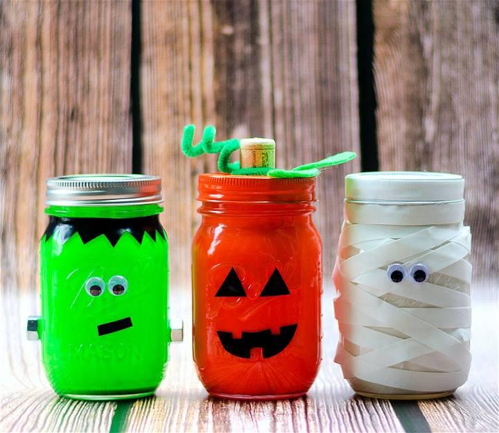 Adorable Halloween Mason Jars