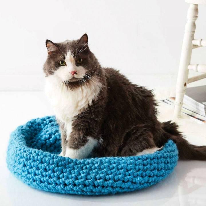 Bernat Crochet Cat Nap Nest