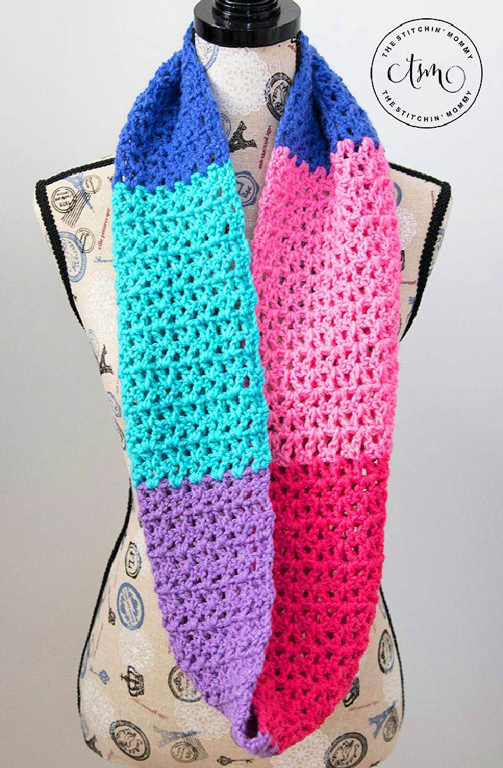 Berry Cakes Crochet Infinity Scarf – Free Pattern
