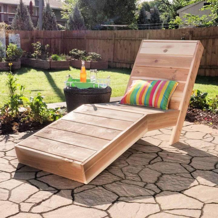 Cedar Lounge Chair