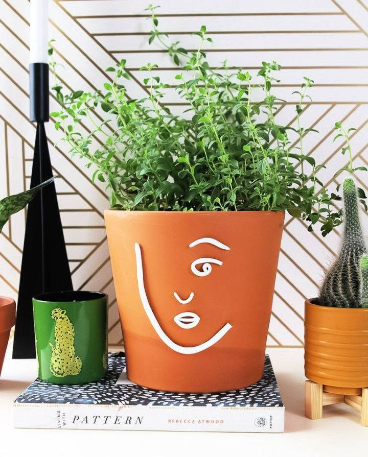 Clay Minimal Face PlanterS