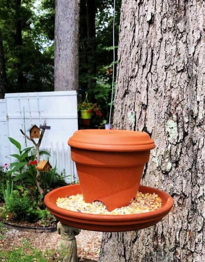 Clay Pot and Saucer Bird Feeders