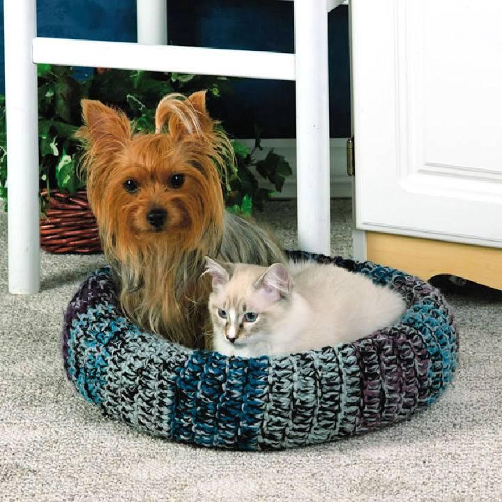Cozy Pet Bed Free Crochet Pattern