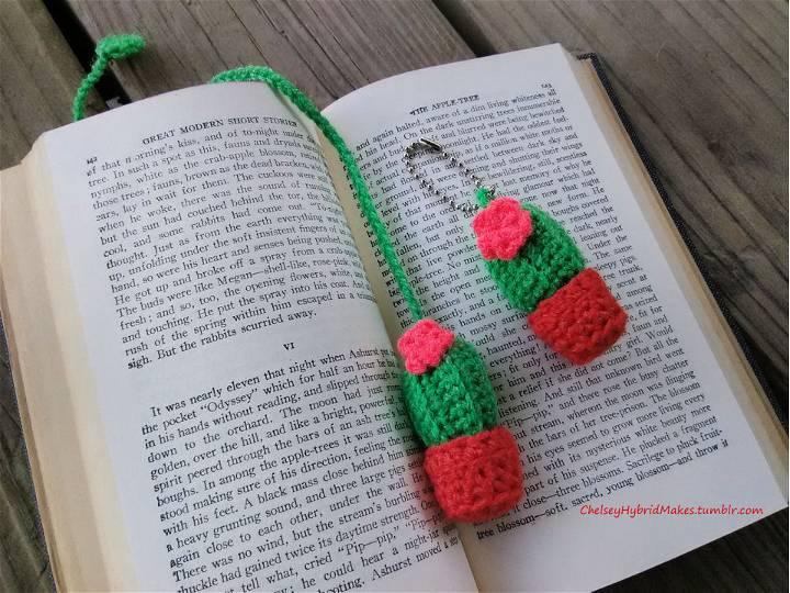 Crochet Cactus Bookmark and Keychain
