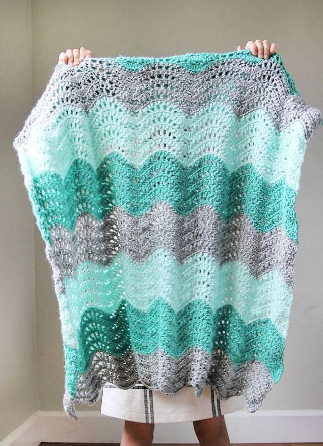 Crochet Feather and Fan Baby Blanket