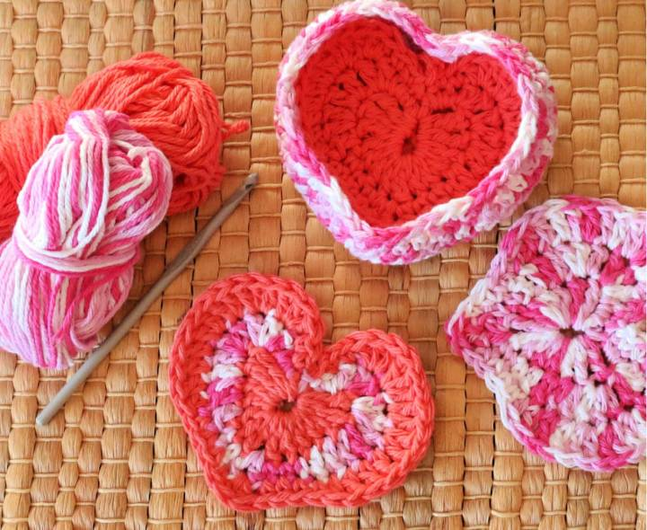 Crochet Heart Shaped Box of Face Scrubbies 1