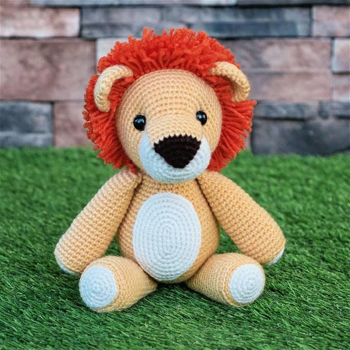 Crochet Laurence The Lion Amigurumi Pattern