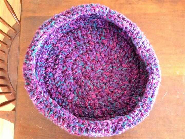 Double Crochet Round Cat Bed