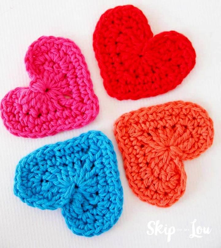 Easy Crochet Heart Garland Pattern