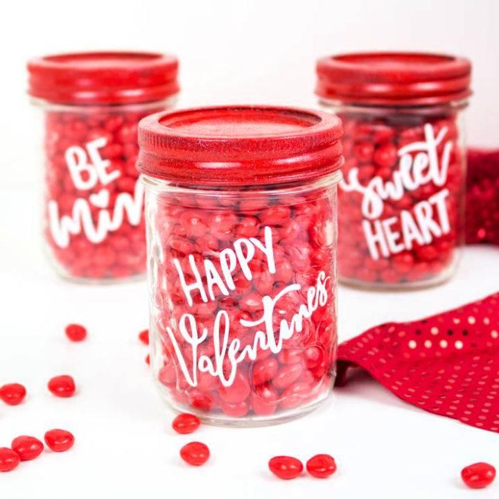 Easy Mason Jar Candy with Cricut Idea