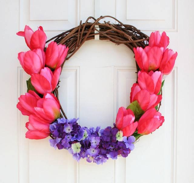 Flower Wreath – Tulips and Hydrangeas