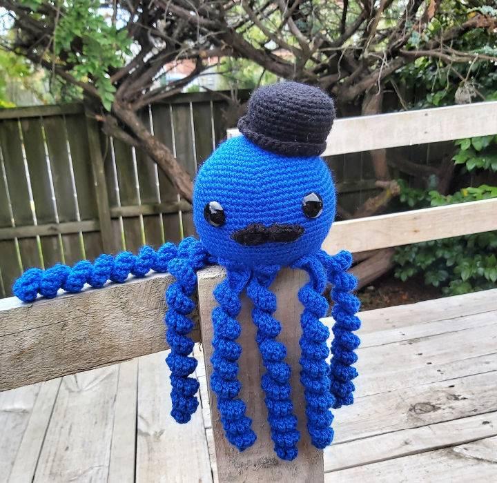 Freddy the Fancy Octopus Crochet Pattern