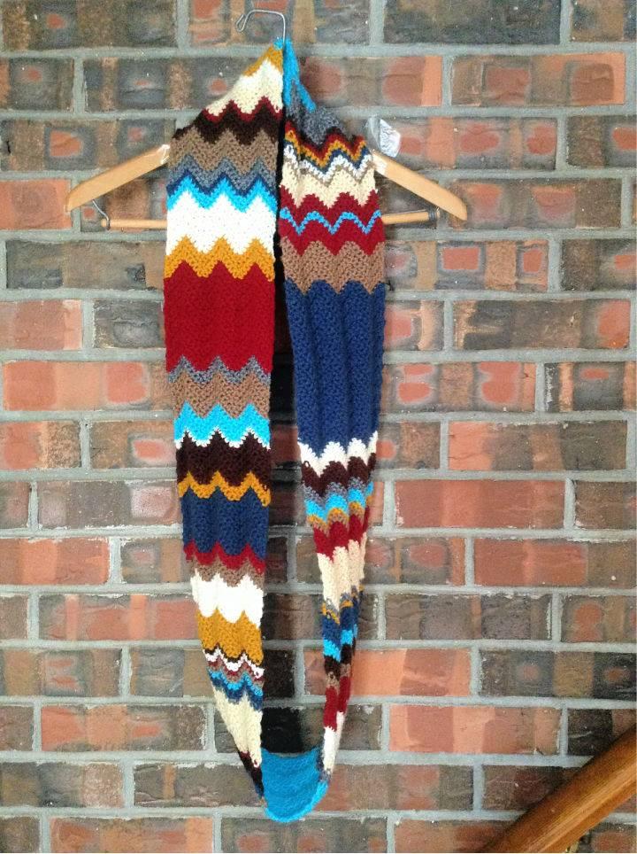 Free Crochet Carousel Infinity Scarf Pattern