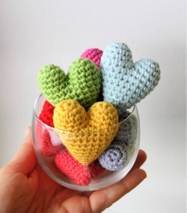 Free Heart Amigurumi Crochet Pattern