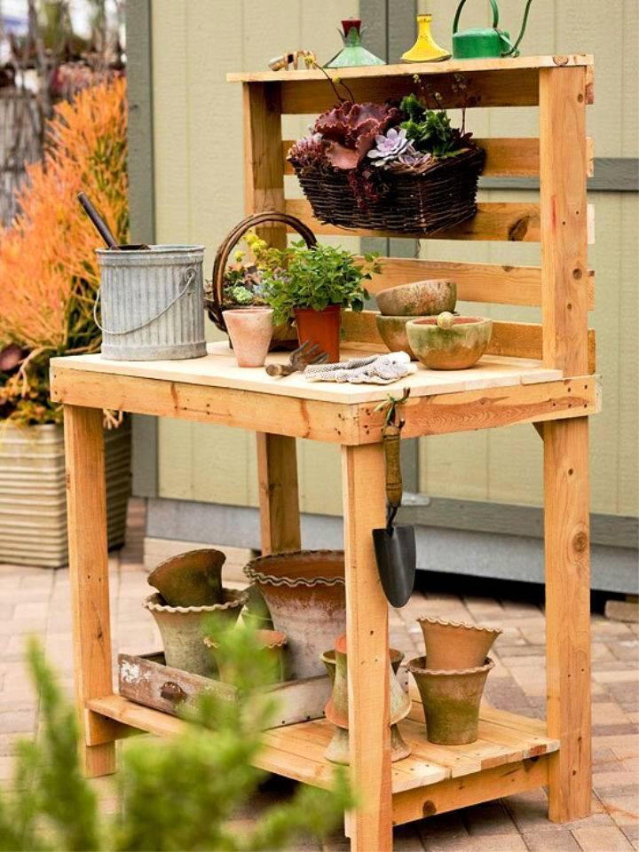 Garden Potting Bench