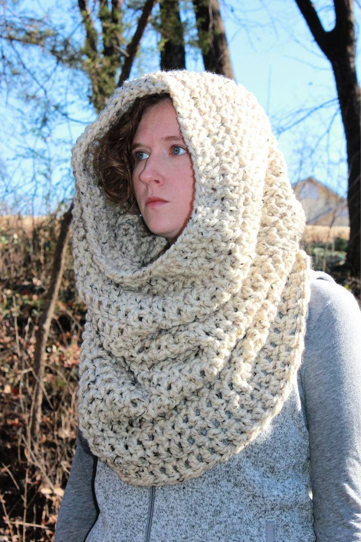 Giant Infinity Scarf Free Crochet Pattern