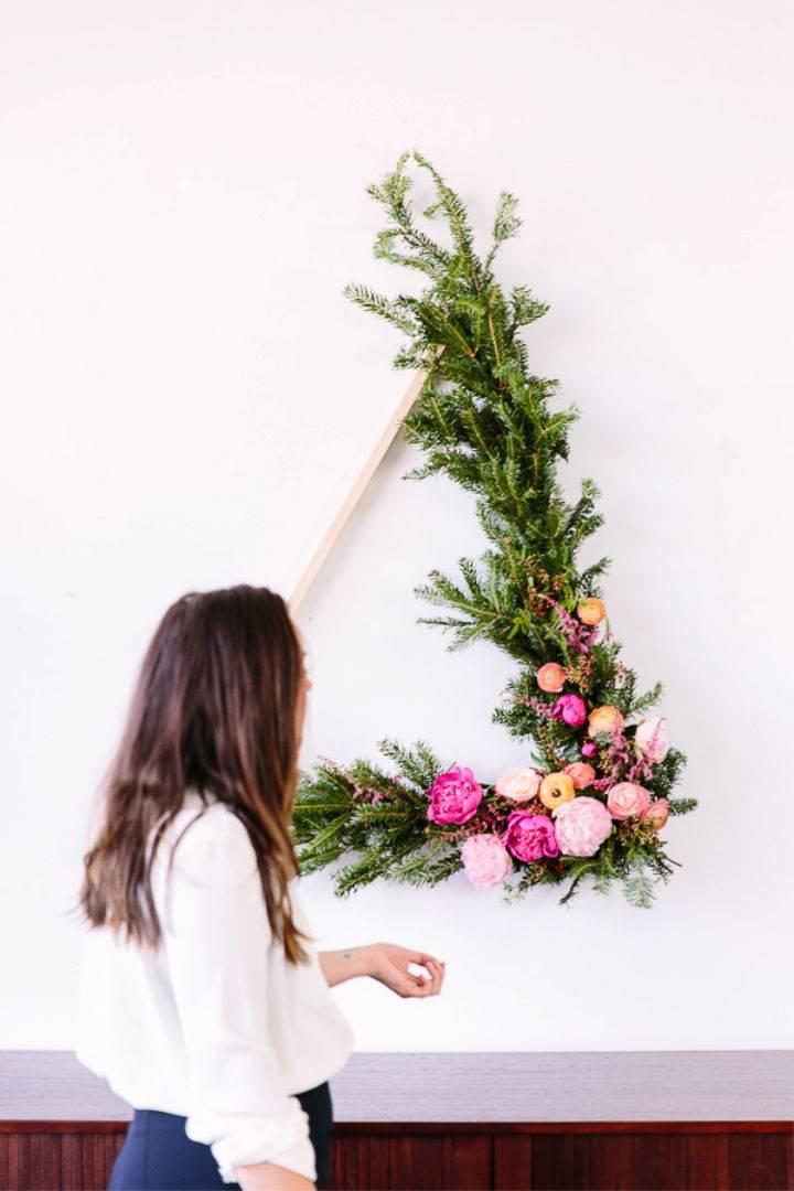 Giant Wreath Under 10