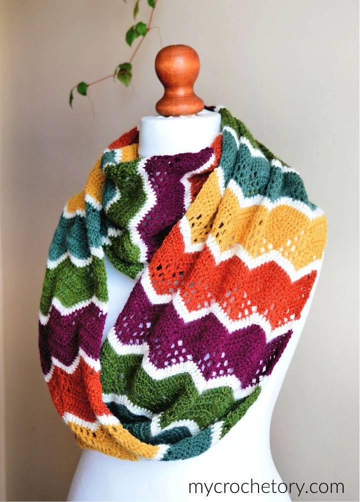 Havra Crochet Infinity Scarf Pattern