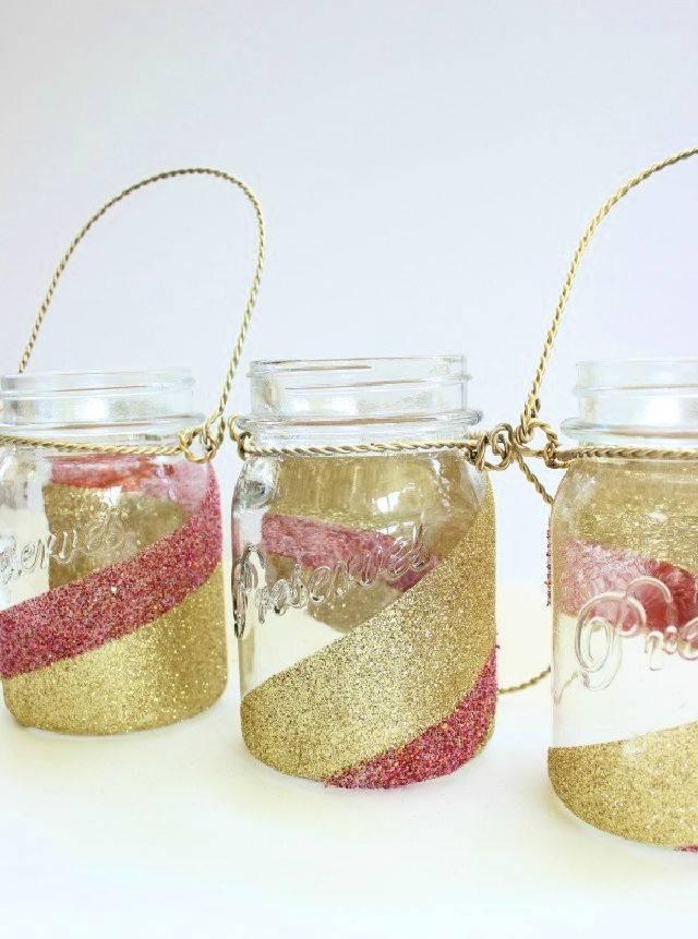 How To Glitter Mason Jars Centerpieces