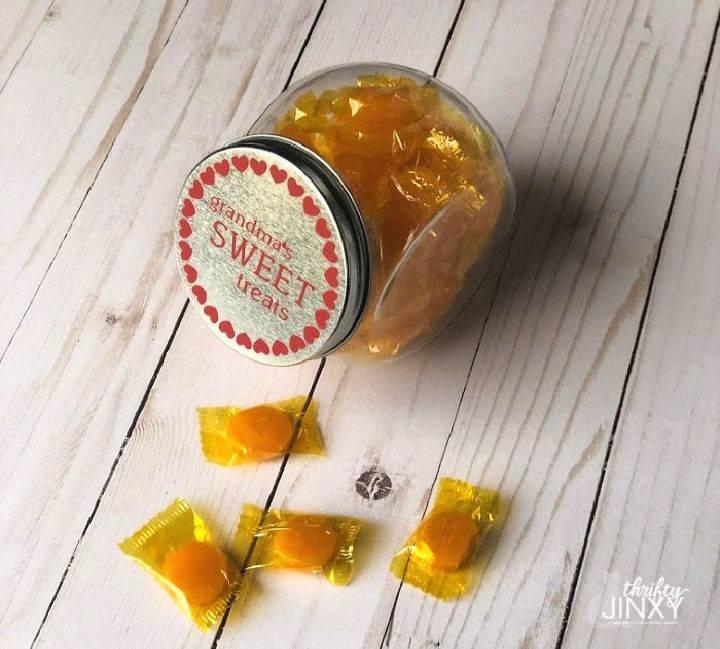 Make Grandmas Candy Jar With Cricut