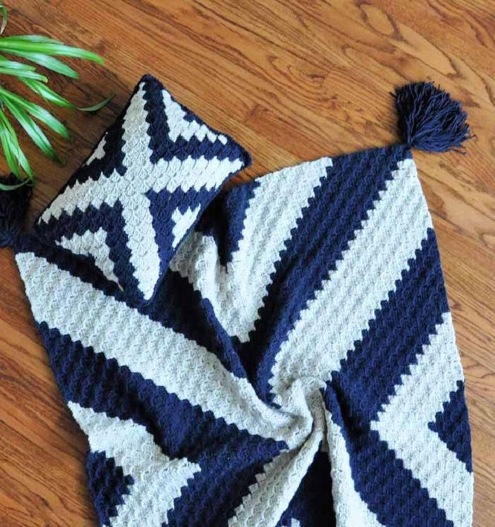 Modern C2C Crochet Blanket – Free Pattern