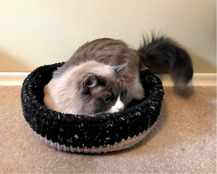 Perfect Crochet Cat Bed Pattern