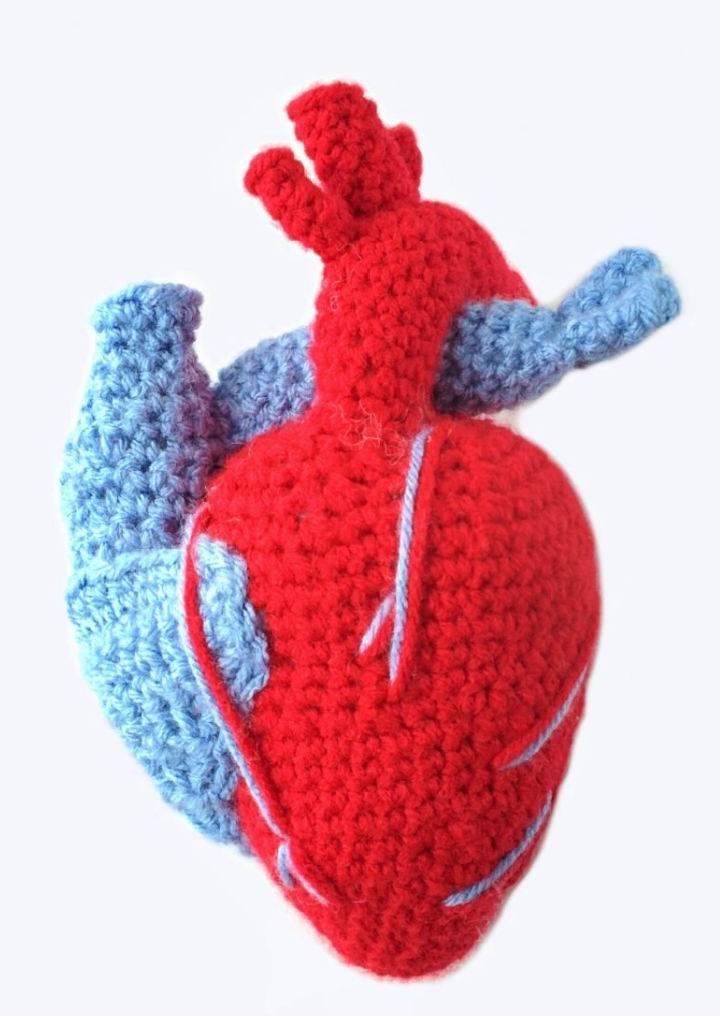 Realistic Crochet Heart Pattern