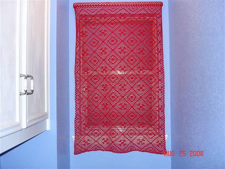 Simple Plarn Curtain