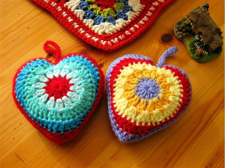 Simple Sunburst Crochet Heart Pattern