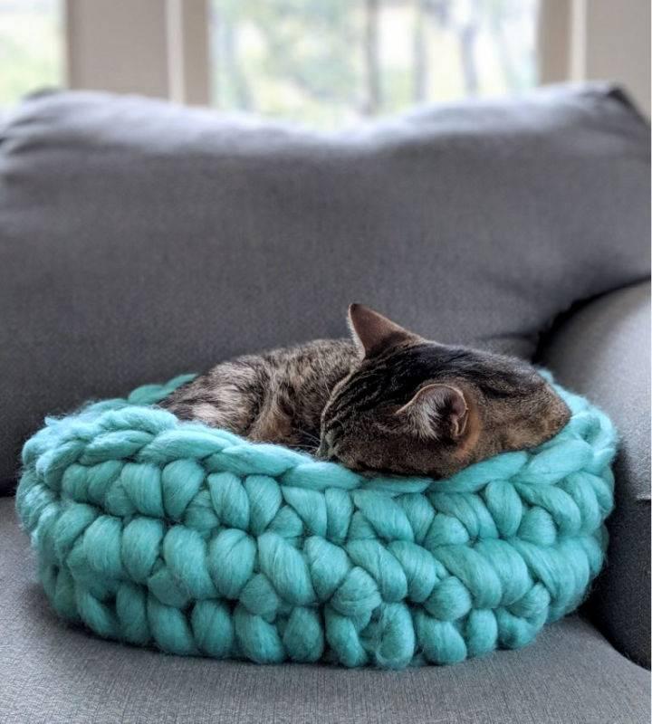Super Big Chunky Crochet Yarn Cat Bed