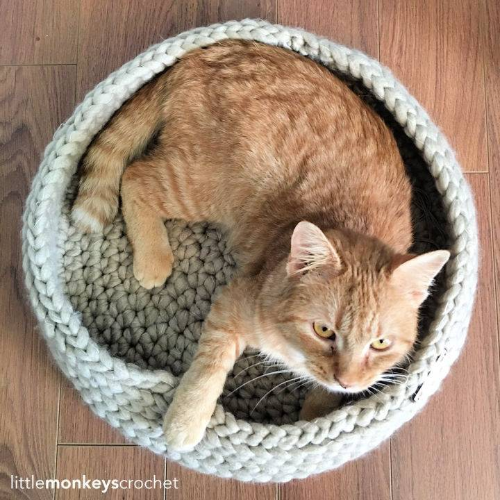 Tabby Chic Crochet Cat Bed