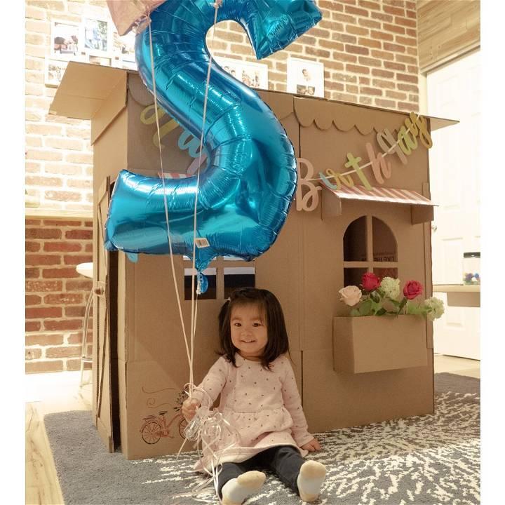 simple cardboard playhouse