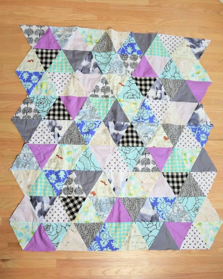 Triangle Modern Baby Quilt Pattern