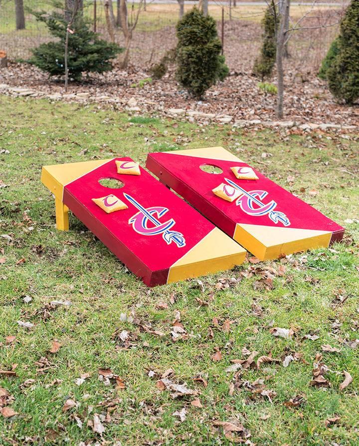 DIY Cavaliers Cornhole Boards