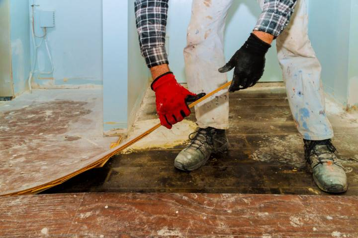 Does Your House Need Repairs Heres 6 Repairs To Make Before Selling