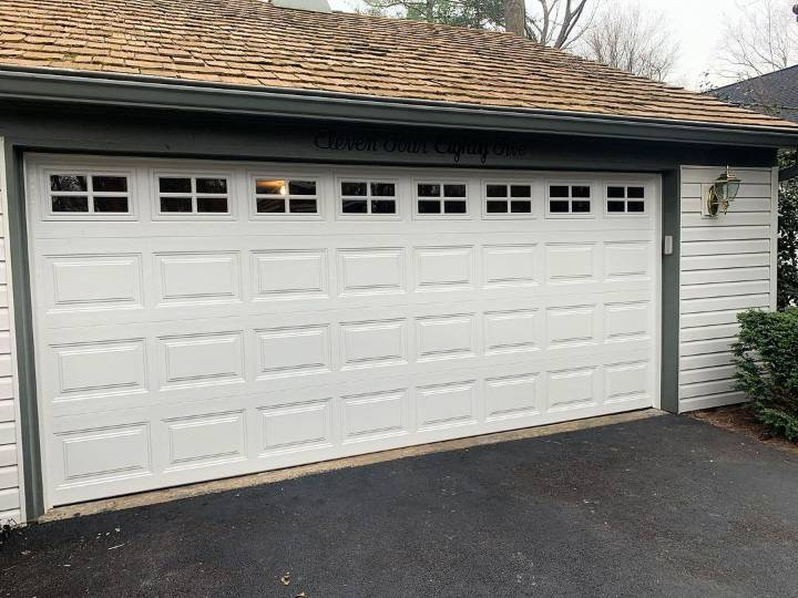 Why You Need to Hire a Professional Garage Door Repair Company