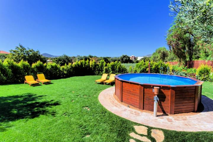 4 Tips For Building an Above Ground Pool