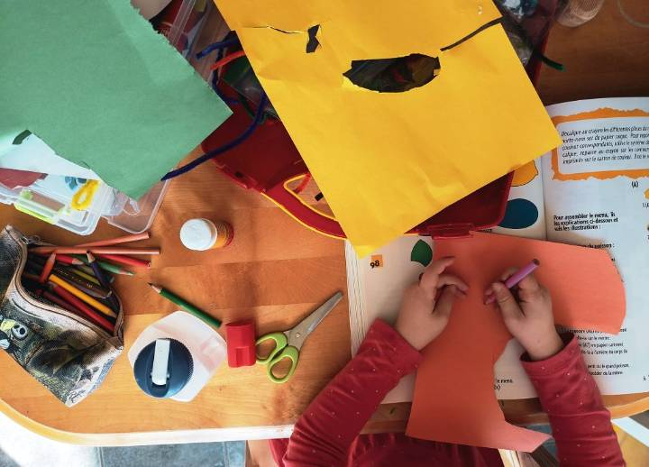 7 Crafts to Make Going Back to School Exciting