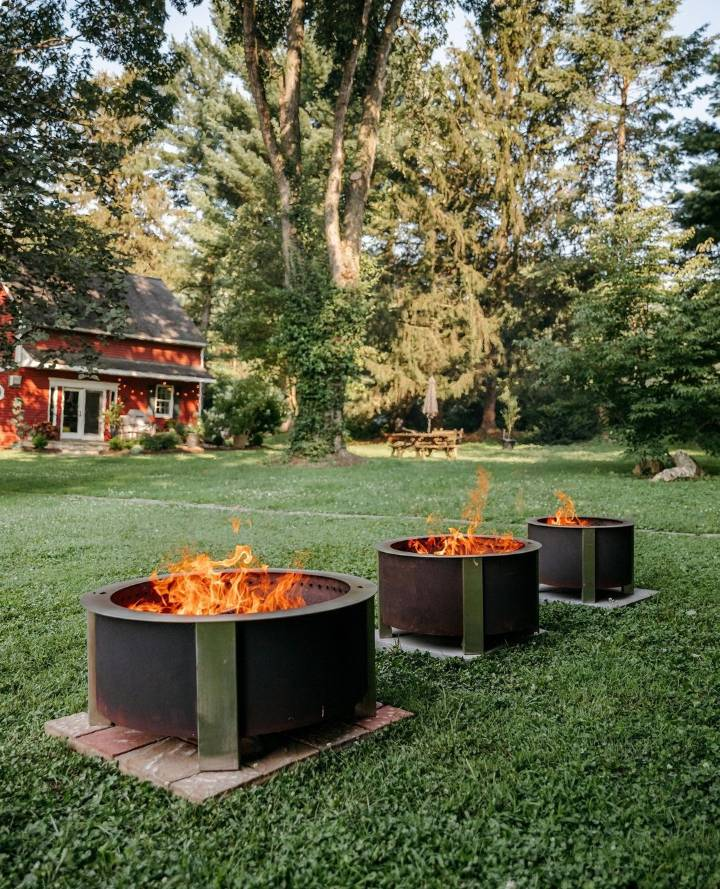 Benefits Of A Modern Fire Pit For Your Backyard Landscape